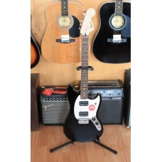 Электрогитара SQUIER by FENDER SQ BULLET MUSTANG HH BLK