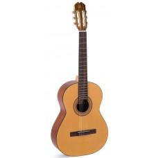 Классическая гитара ADMIRA Paloma (Satin)